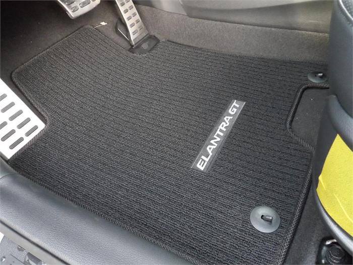 Hyundai Elantra GT Floor Mats (E041)