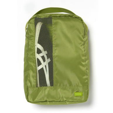 A shoe bag protects both your clothing and your shoes.