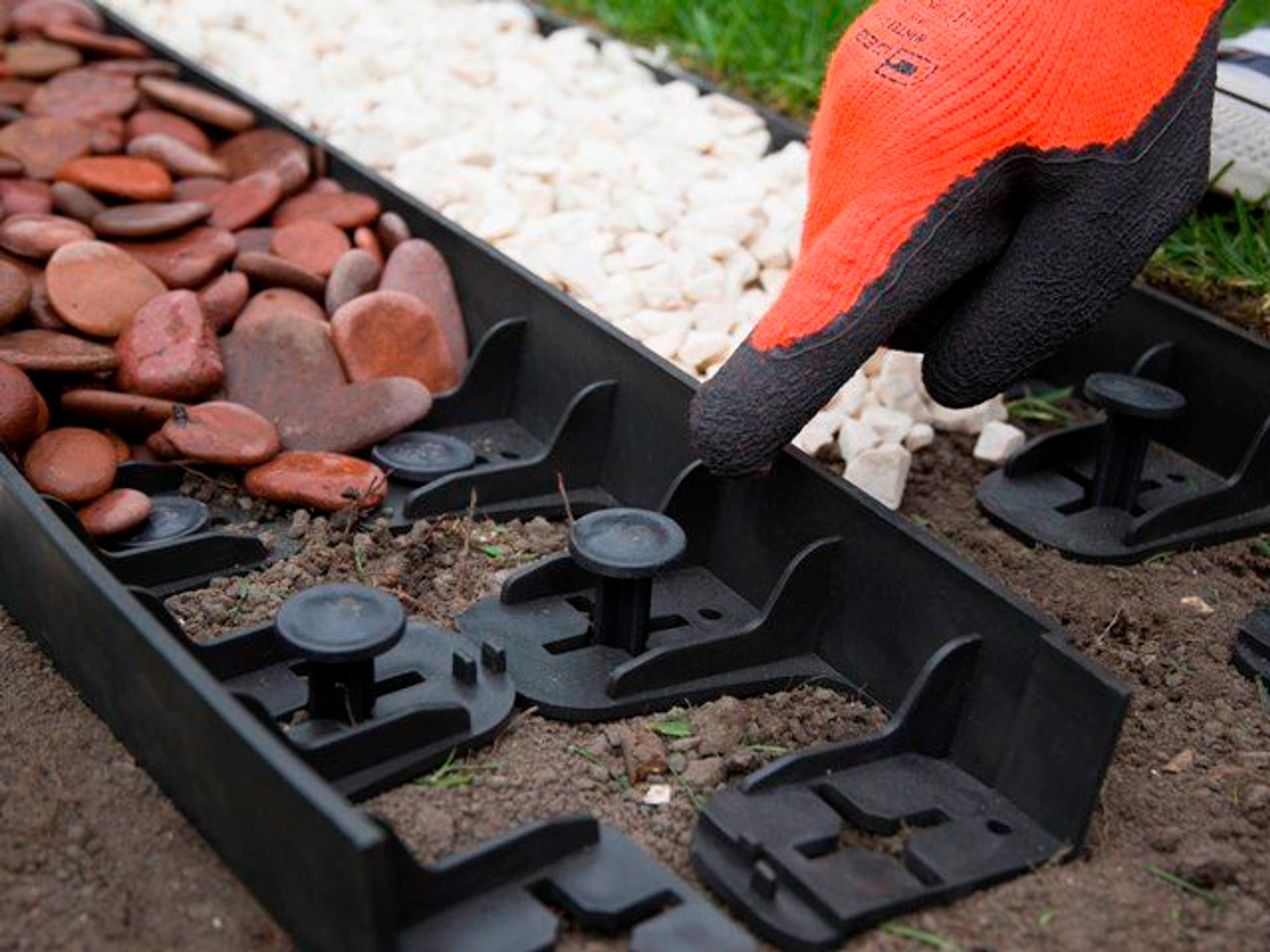 How to install edging without digging