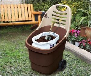 Soil wheelbarrow