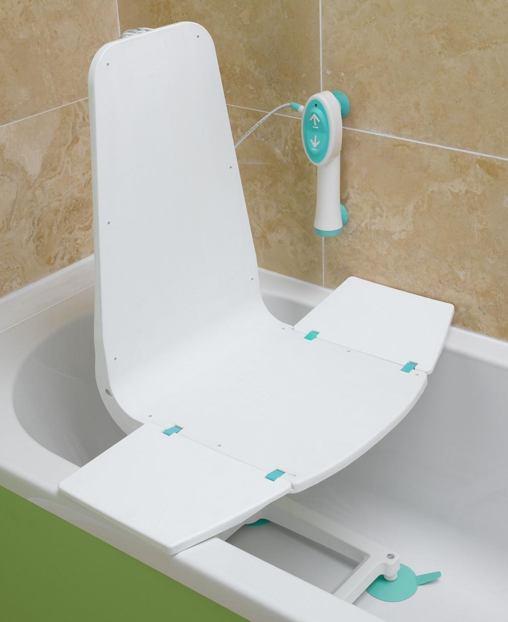 Lumex 5033A Splash Bath Lift Electric