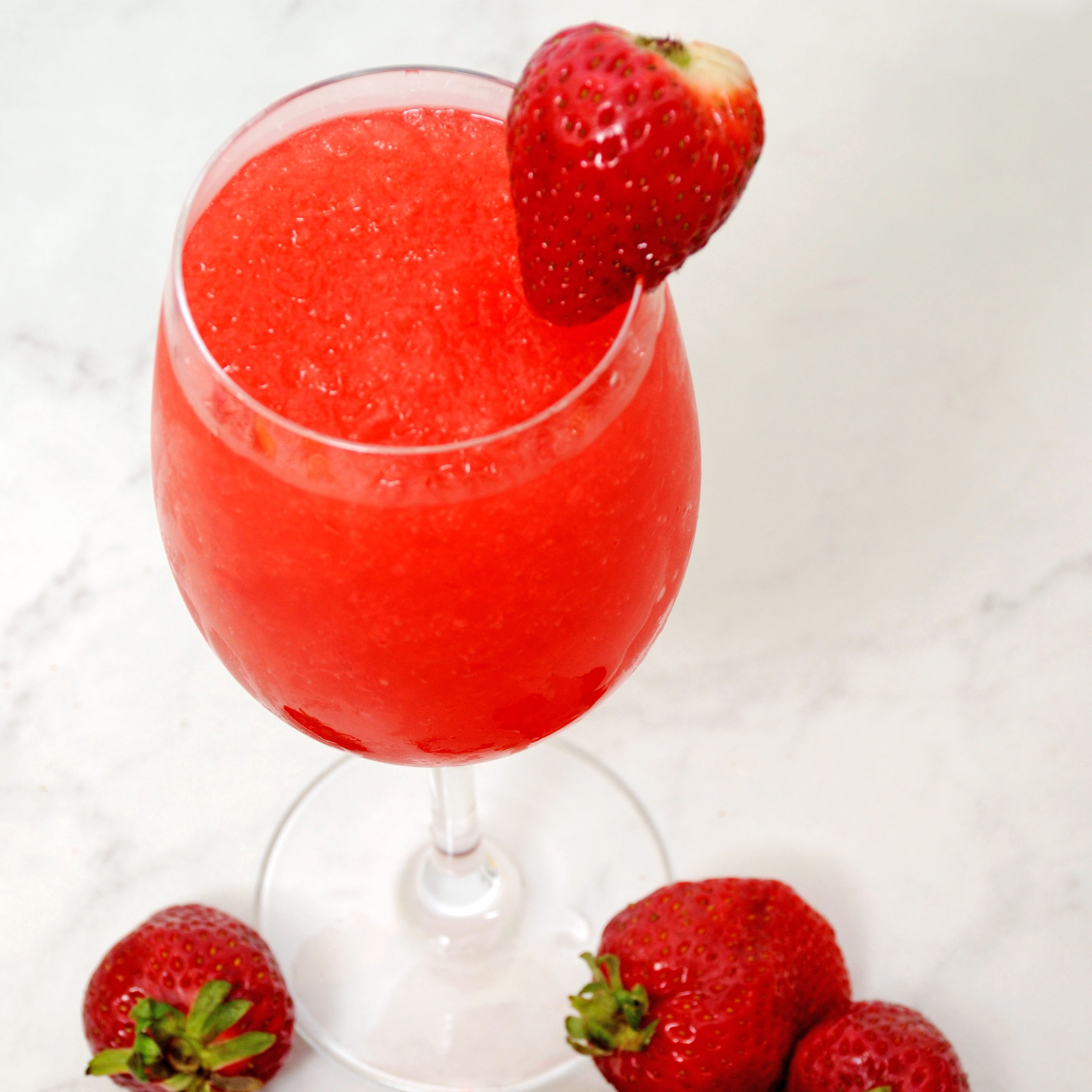 Strawberry Daiquiri Wine Slushie
