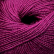 Cascade Magenta 220 Superwash Yarn (4 - Medium)