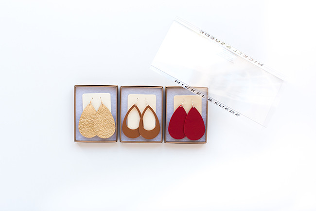 Nickel and Suede leather earring gift set