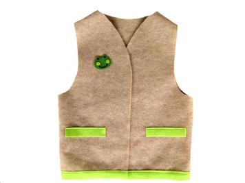 Felt Adventure Vest with Frog