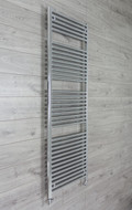 600mm Wide 1744mm High 25mm Tubes Straight Chrome Heated Towel Rail Radiator straight valves