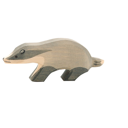 Ostheimer badger, head straight.   4.5 cm high.