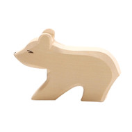 Ostheimer polar bear cub, short neck