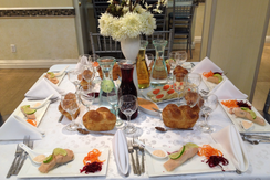 SHABBOS TABLE