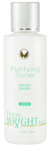 This refreshing dual-treatment toner instantly lifts residue embedded in your pores while exfoliating the skin's surface.