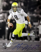 Marcus Mariota Autographed 16x20 Photo Oregon Ducks MM Holo
