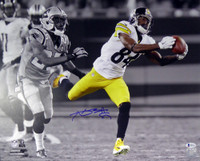 Antonio Brown Autographed 16x20 Photo Pittsburgh Steelers Beckett BAS