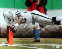 "Darren McFadden Autographed 16x20 Photo Oakland Raiders ""1st NFL TD 9/14/08"" PSA/DNA Stock"