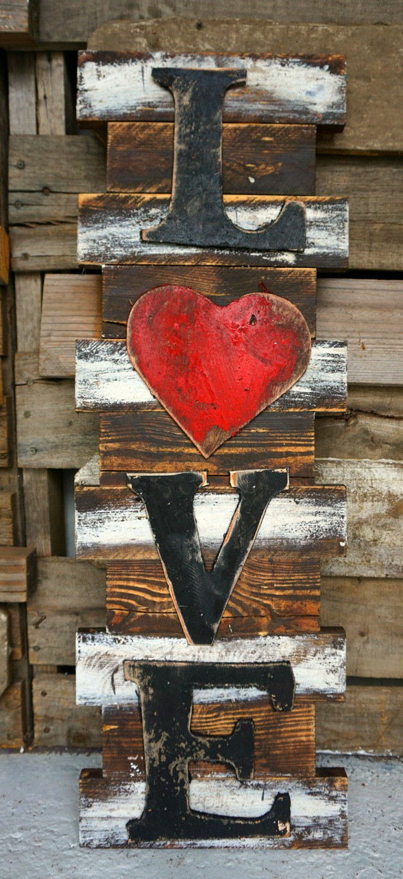 Love Heart Wood Sign