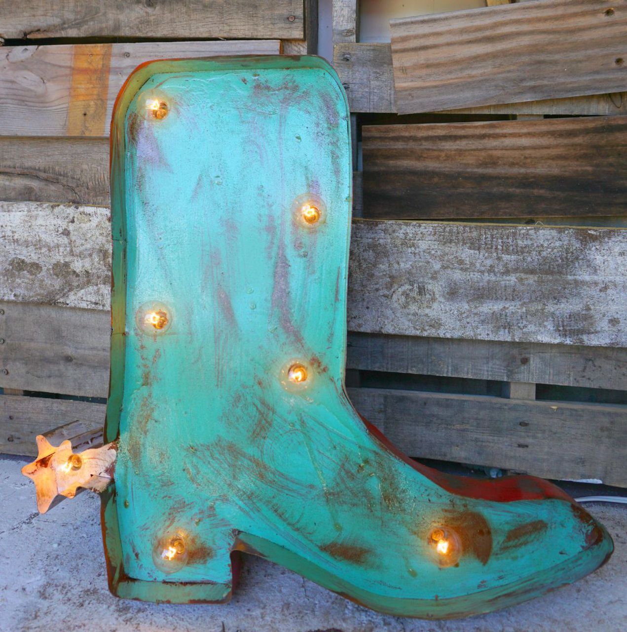 Boot metal Marque