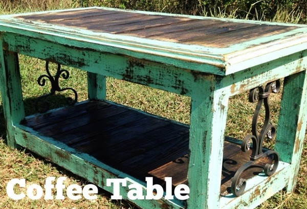 Lucia Iron Coffee Table in Mint