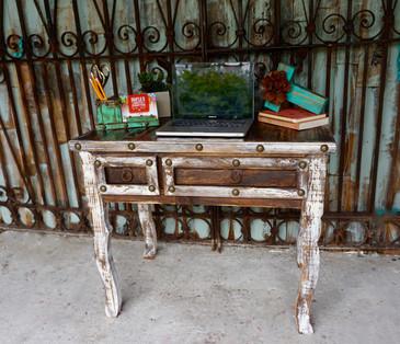 Ofelia Desk