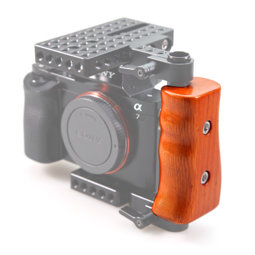 http://www.smallrig.com/product_images/m/944/SmallRig_Wooden_HandleLeft_Side_for_DSLR_Cage_1738-07__35408.jpg