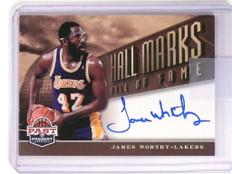 12-13 Panini Past & Present Hall Marks James Worthy autograph auto #7 *51776