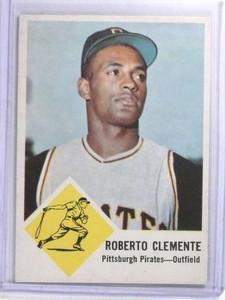 1963 Fleer Roberto Clemente #56 EX *68100
