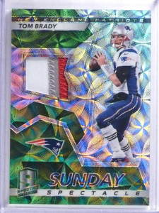 2017 Panini Spectra Sunday Spectacle Tom Brady 3 color patch #D04/10 #49 *68851