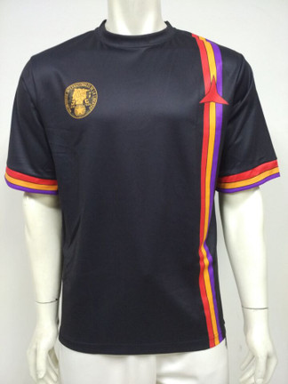 Front image of the !NO PASARAN! football shirt