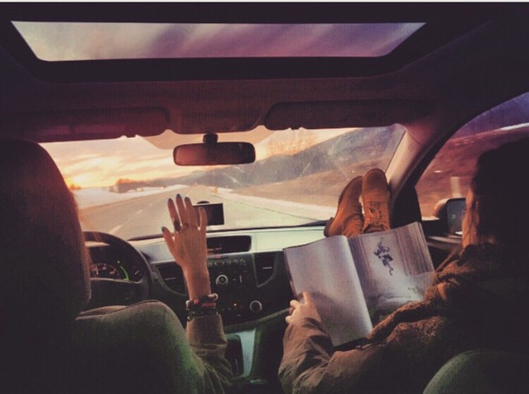 10 Road Trip Essentials You Should Never Travel Without
