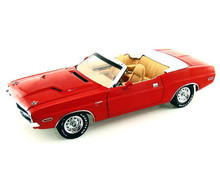 1970 Dodge Challenger R/T Convertible GREENLIGHT Diecast 1:18 Scale Red