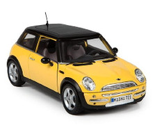 MINI COOPER Diecast 1:18 Scale MAISTO SPECIAL EDITION Yellow/Black