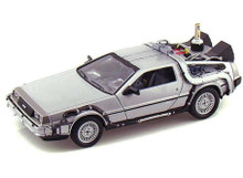 DeLorean Time Machine BACK TO THE FUTURE II Diecast 1:24 Scale FREE SHIPPING