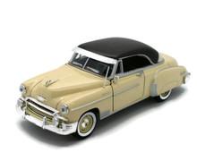 1950 Chevrolet Bel Air MOTORMAX Diecast 1:24 Scale Cream & Brown