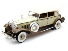 1930 Packard Eight Brewster SIGNATURE MODELS Diecast 1:18 Scale Tan/Coffee