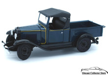 DANBURY MINT 1931 Chevrolet 1/2 Ton Roadster Pickup Diecast 1:24 Scale w/Display