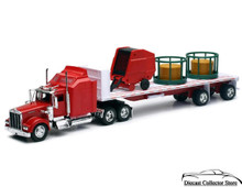 KENWORTH W900 Flatbed Semil Hauler with Hay and Feeder NEWRAY Diecast 1:32