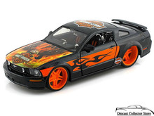 2006 Ford Mustang GT HARLEY DAVIDSON Series Diecast 1:24 Black w/Flames & Eagle