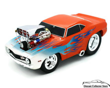 1969 Chevrolet Camaro MUSCLE MACHINES Diecast 1:18 Scale Orange w/Flames