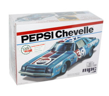 Chevy Chevelle Pepsi Stock Car NASCAR MPC Plastic Model Kit 1:25 Scale Skill 2