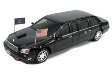 2001 Cadillac DeVille Presidential Limo Road Signaature Diecast 1:24 Scale