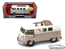 1962 Volkswagon Microbus ROAD SIGNATURE Diecast 1:18 Scale Cream