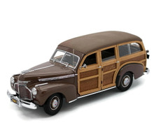 DANBURY MINT 1941 Chevrolet Special Deluxe Woody Station Wagon Diecast 1:24 LE