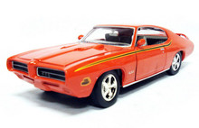 "1969 Pontiac GTO ""Judge"" MOTORMAX Diecast 1:24 Scale Orange"