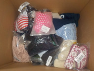 CLEARANCE: 2 Box #13826 - 66 units of Apparel from Amazon.ca - MSRP 3162$ - Returns