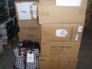1 Pallet #13910 - 18 units of Luggage & Bags from Staples - MSRP 3968$ - Returns