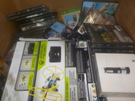 2 Box #13922 - 130 units of Assorted Electronics & Accessories from WM Canada - MSRP 3106$ - Returns