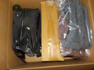 5 Box #13957 - 14 units of Luggage & Bags from Amazon.ca - MSRP 1284$ - Returns