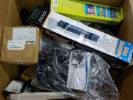 11 Boxes #14113 - 62 units of Automotive Parts & Accessories from Amazon.ca - MSRP 2818$ - Returns