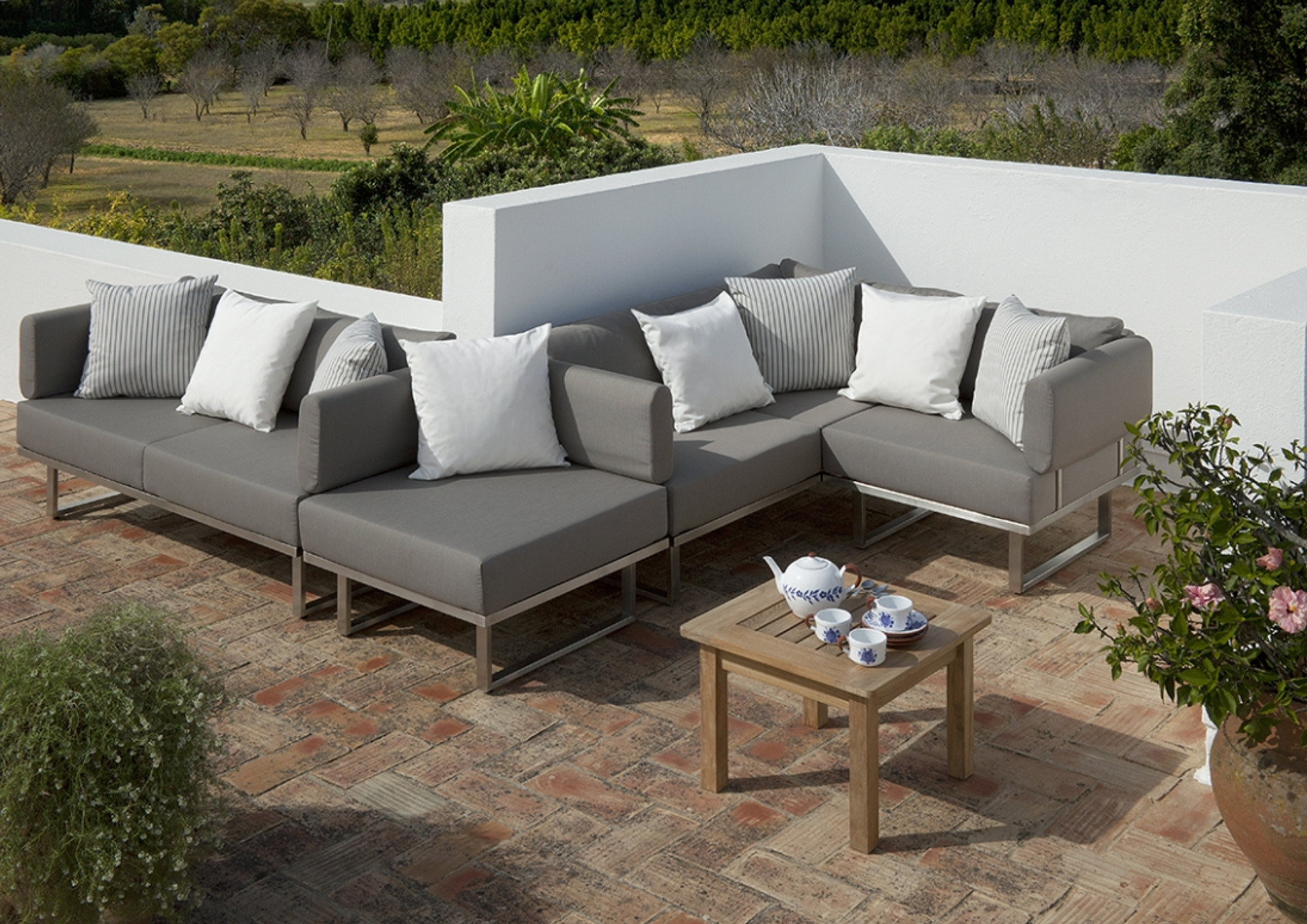 Collections Mercury Pacific Patio Furniture