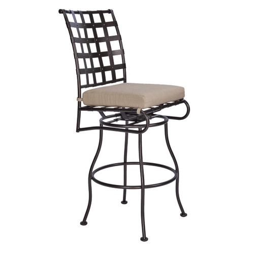 Classico Swiveling Bar Stool