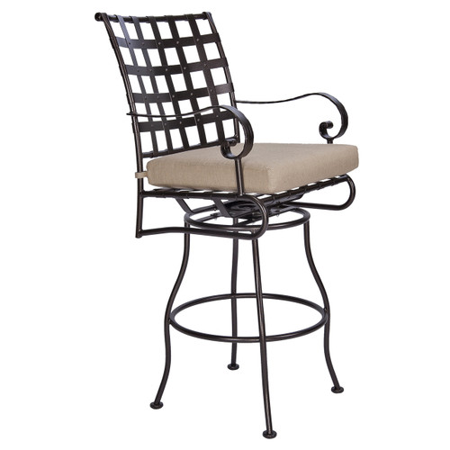 Classico Swiveling Bar Stool With Arms