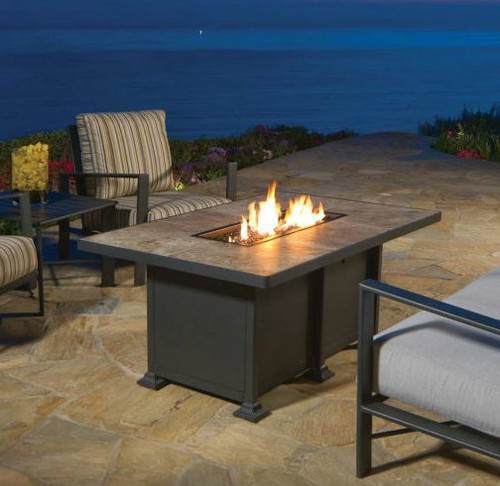 Santorini 30in x 50in Chat Height Fire Pit